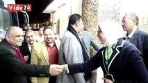 وزيرة الصحة تراجع مع الفرق الطبية الإجراءات الوقائية بالحجر الصحى