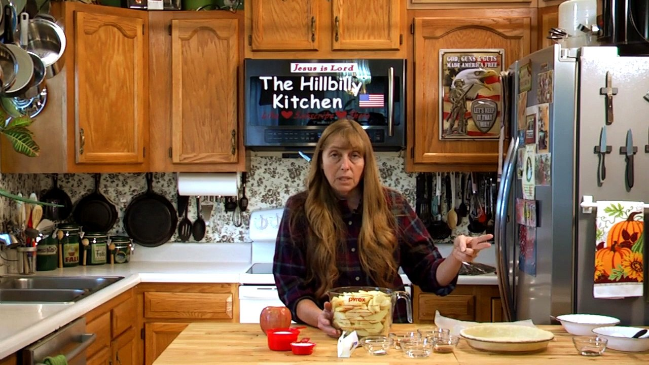 Apple Pie Recipe Classic All American Apple Pie 100 Year Old Recipe The Hillbilly Kitchen Video Dailymotion