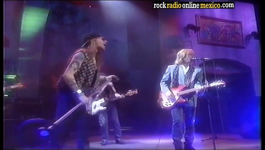Tom Petty ft. Axl Rose – Free Fallin' (Live 1989)