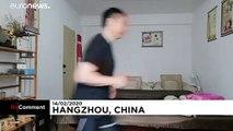 Coronavirus : cloîtré, un Chinois court dans son appartement pour se défouler