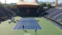 Kim Clijsters s'entraîne pour la première fois sur le Central de Dubaï