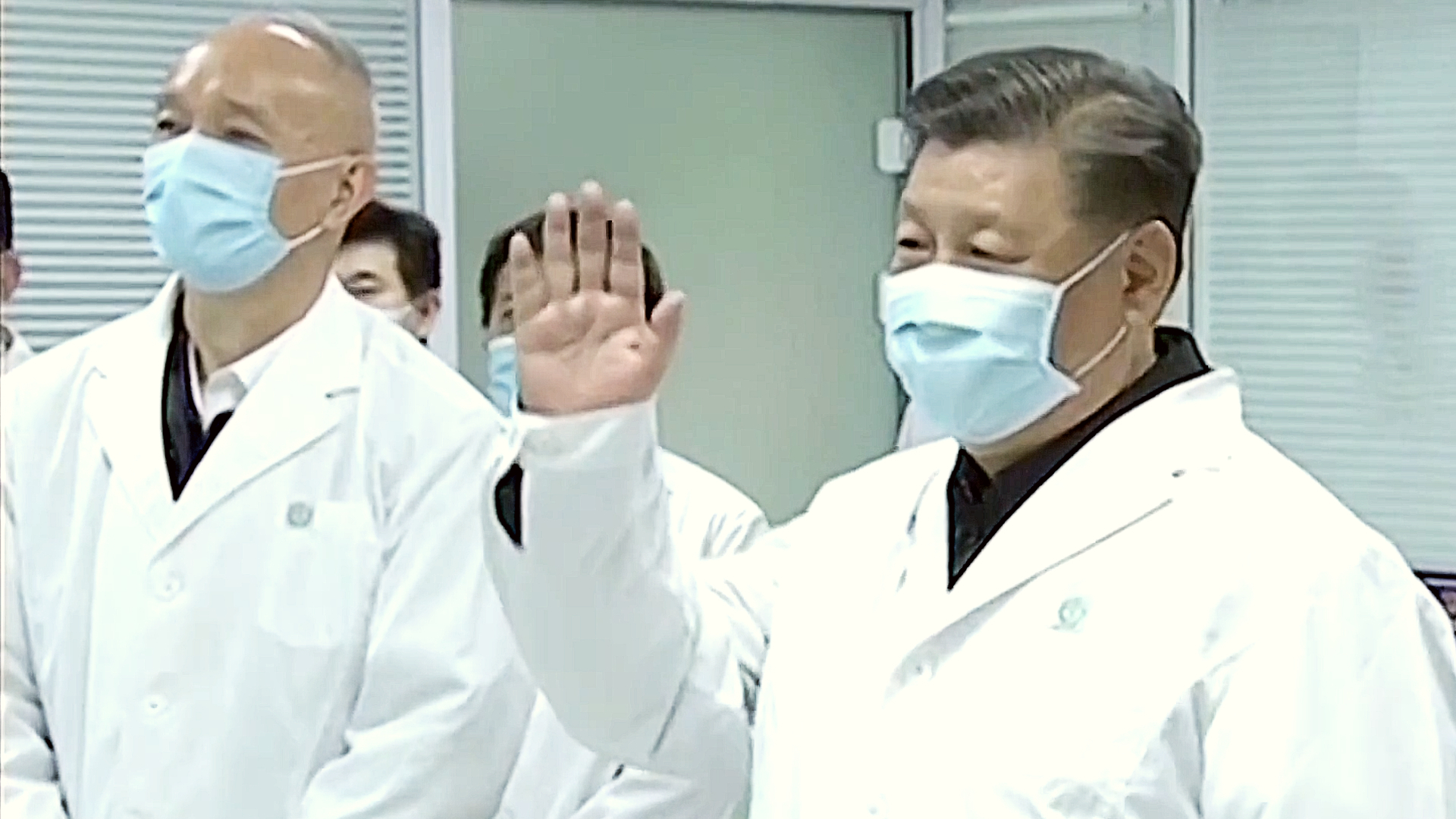 China coronavirus death toll exceeds 1,000, officials sacked