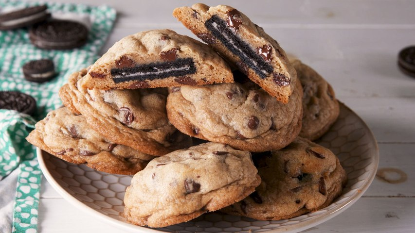 Oreo Stuffed Chocolate Chip Cookies Are A Dream Mash-Up