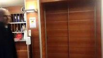 PAIDEIA - Il dott. Rodia esce dalla clinica dopo la visita a Lulic
