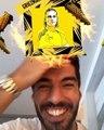 La réaction géniale de Suárez quand il apprend qu'il ressemble à Griezmann