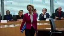 Глава Еврокомиссии пришла на допрос