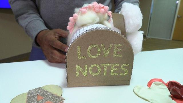 Making Valentine's Day Crafts with Mizz Amber