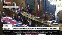 L'image de la nuit - Le dernier conseil municipal des Balkany hier soir à Levallois Perret avec beaucoup 'émotion pour Isabelle