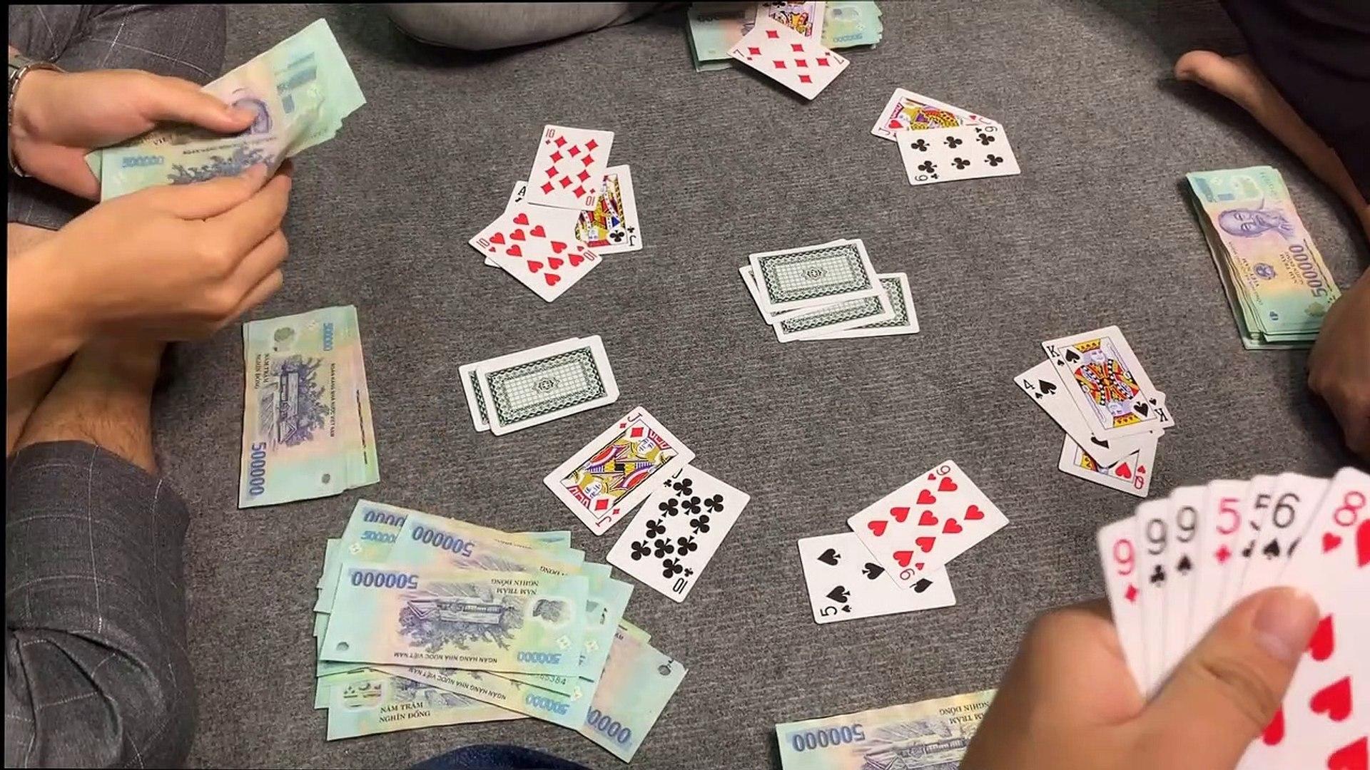 Chiêm bao người chơi bài ăn tiền không phải mình