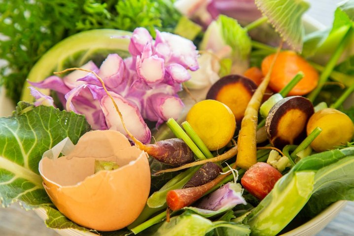 The Wealthier We Are the More Food We Waste, Study Shows
