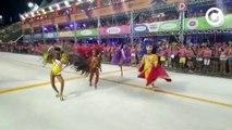 Família Real desfila na abertura do carnaval de Vitória 2020