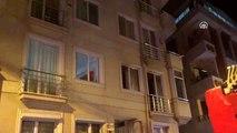 Maltepe'de bir apartmanda çıkan yangında mahsur kalanlar itfaiye ekiplerince kurtarıldı