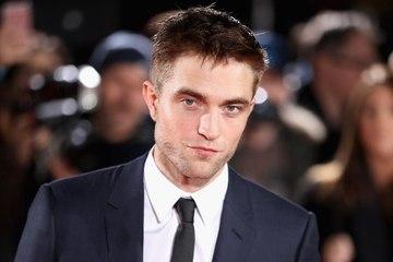 People Keep Telling Robert Pattinson That He Smells Like Crayons