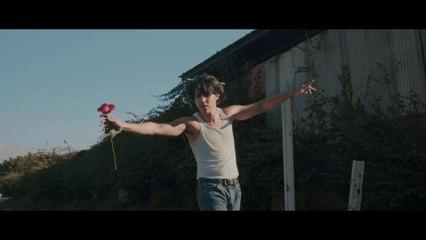 Menny Flores - Nada Me Falta (Welcome To Tijuana)