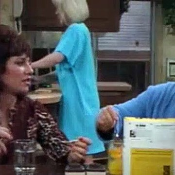 Married With Children Season 1 Episode 6 - Sixteen Years and What Do You Get