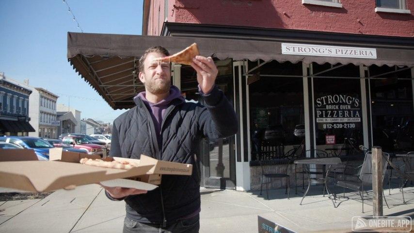 Barstool Pizza Review - Strong's Brick Oven Pizzeria (Lawrenceburg, Indiana)