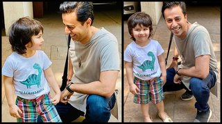 Taimur Ali Khan POSES With His New Fan SINGER Salim Merchant | Picture Goes VIRAL!
