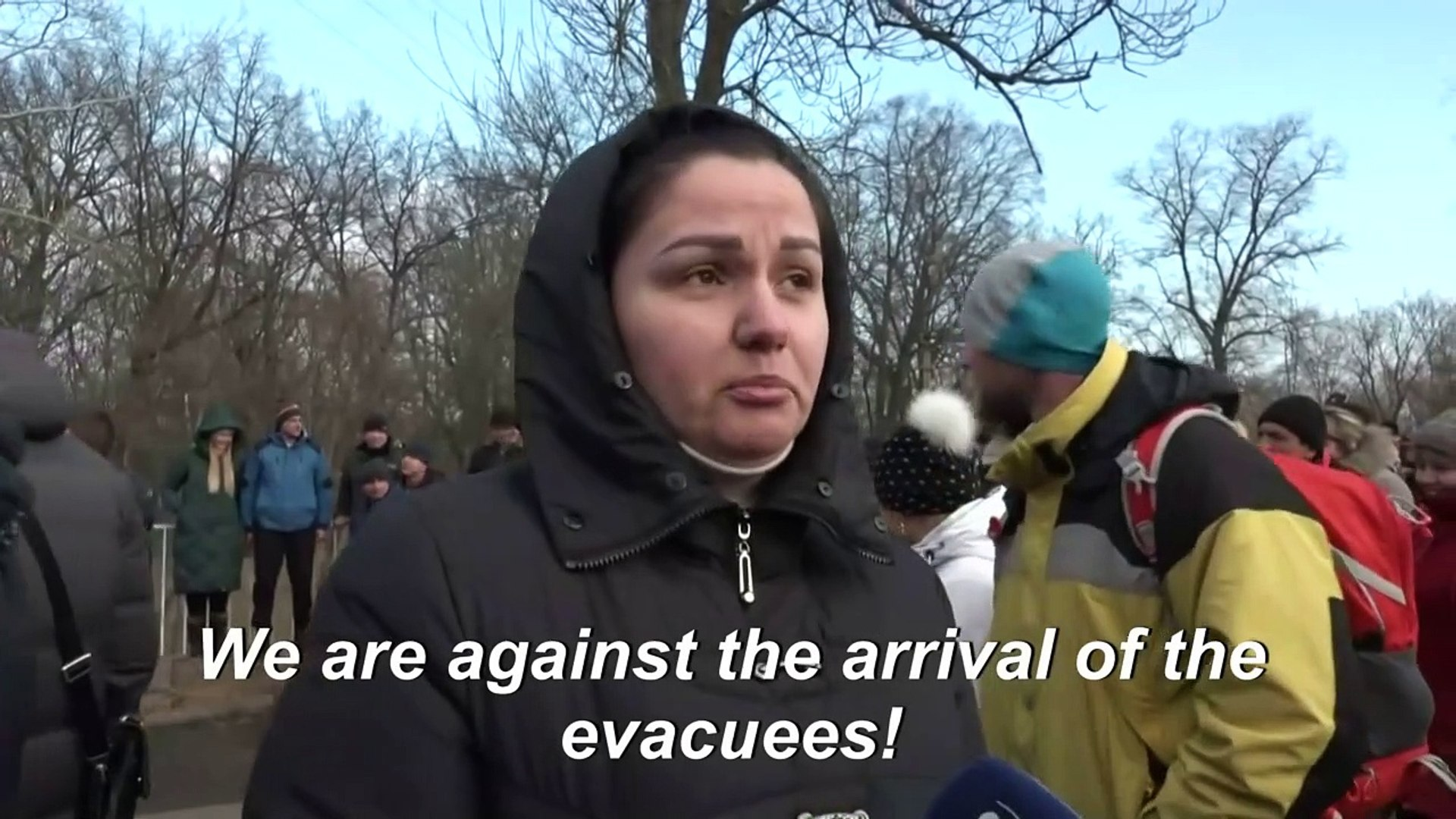 Ukraine protesters clash with police over China virus evacuees