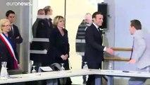 """France : Macron lance la lutte contre le """"séparatisme islamiste"""""""