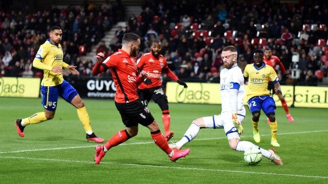 Le résumé de EA Guingamp-FCSM (1-1)