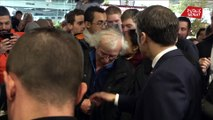 Retraites: Emmanuel Macron interpellé sur la réforme au salon de l'agriculture