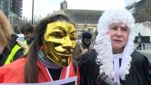 Centenares de manifestantes expresan apoyo a Assange en Londres