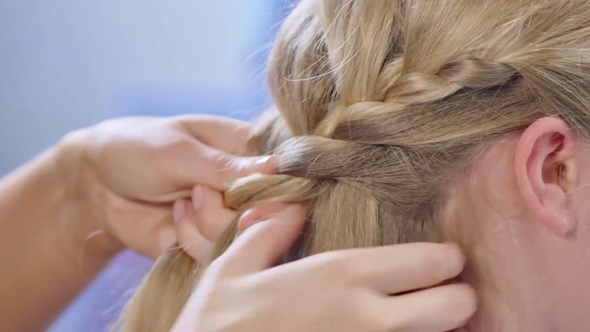 Frozen 12 Movie - Hair Tutorial - Elsa Hair Plait