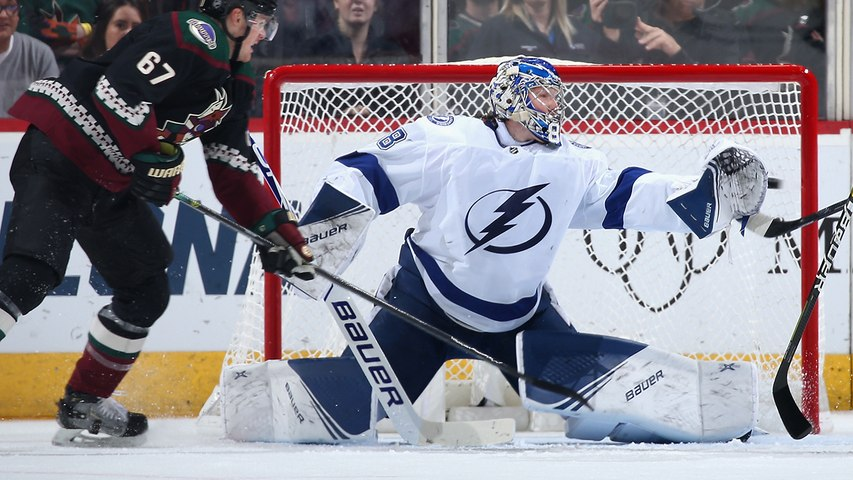 Andrei Vasilevskiy gets acrobatic to rob Carl Soderberg in tight