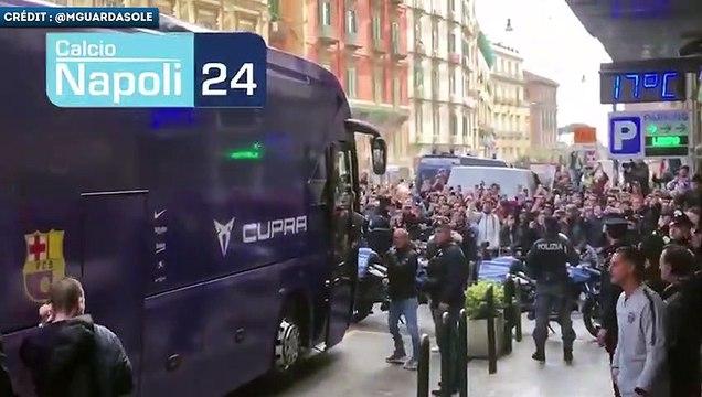 Lionel Messi accueilli comme une rock star à Naples