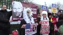 Estados Unidos acusa a Assange de haber puesto a sus fuentes en peligro