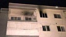 İzmir'de çıkan ev yangında bir kişi dumandan etkilendi
