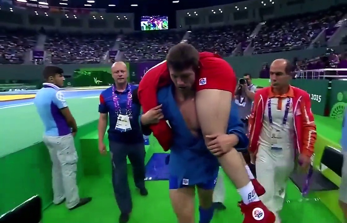 top- 20 BEAUTIFUL MOMENTS OF RESPECT IN SPORTS 1