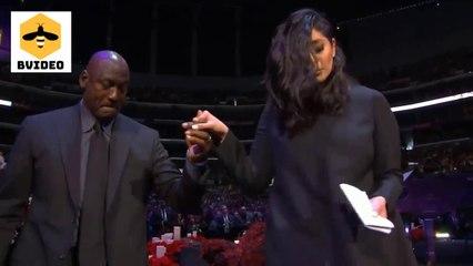 Michael Jordan helps Vanessa Bryant walk off stage at Gigi and Kobe Bryant memorial