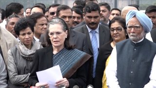 Sonia slams BJP, AAP for Delhi violence,  asks for Shah's removal,  urges President to act