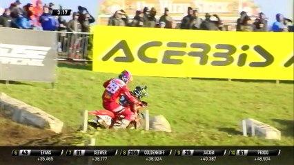 Jeremy Seewer vs Glenn Coldenhoff battle - MXGP of Great Britain Race 2