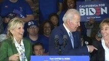 Joe Biden confond sa femme et sa soeur lors de son discours