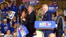 Joe Biden interrompu en plein discours par deux militantes