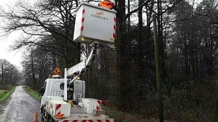 En Mayenne, à cause des intempéries, les techniciens Orange interviennent 150 fois par jour en ce moment, deux fois plus qu'en temps normal