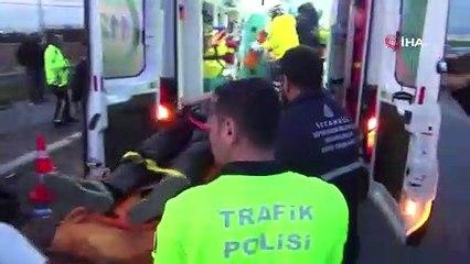 TEM Otoyolu'nda iki otomobil kafa kafaya çarpıştı: 4 yaralı