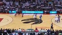 Khawi Leonard en mode playoffs cette nuit. Toronto Raptors ⚪️ 125-89  Philadelphia 76ers (36 points d'écarts )