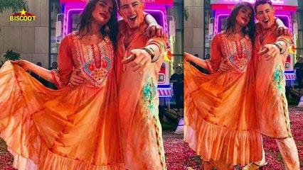 WOW Priyanka chopra Nick Jonas At Isha Ambani's Holi Bash   Nickyanka Holi Celebration 2020