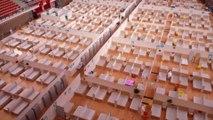 La Chine ferme des hôpitaux de fortune à Wuhan face à la baisse de l'épidémie de coronavirus