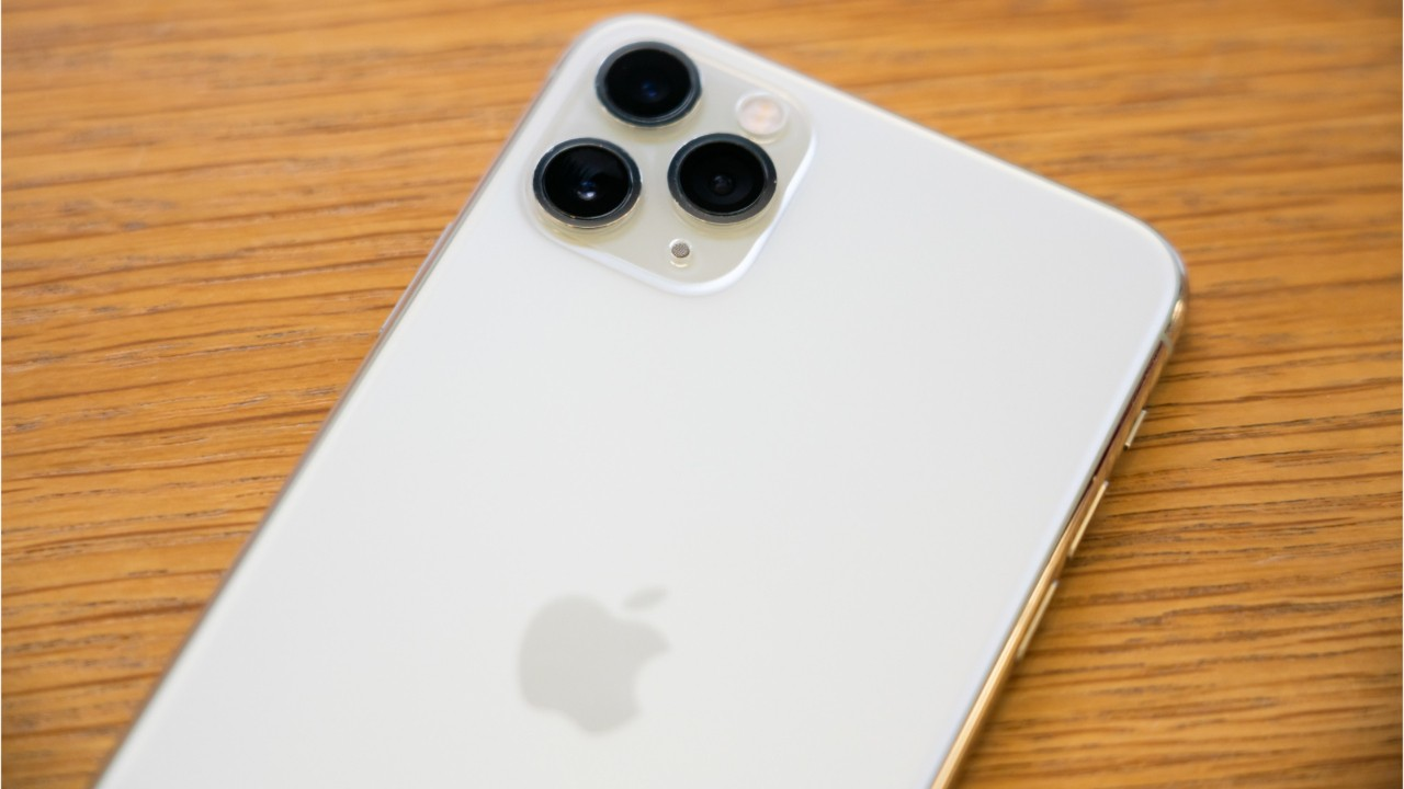Apple Sells Less iPhones In China Due To Coronavirus