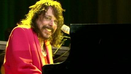 Benito Di Paula - Assobiar Ou Chupar Cana