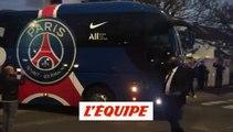 Le bus parisien en route vers le Parc - Foot - C1 - PSG