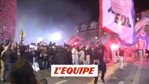 La joie des ultras après le but de Neymar - Foot - C1 - PSG