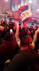 La joie des supporters du PSG au coup de sifflet final