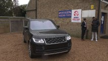 Anthony Joshua receives his bespoke Range Rover SVAutobiography
