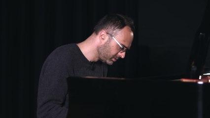 Luke Howard - Peaceful Music Presents Luke Howard