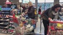 Coronavirus : cohue dans les supermarchés après les annonces d'Emmanuel Macron